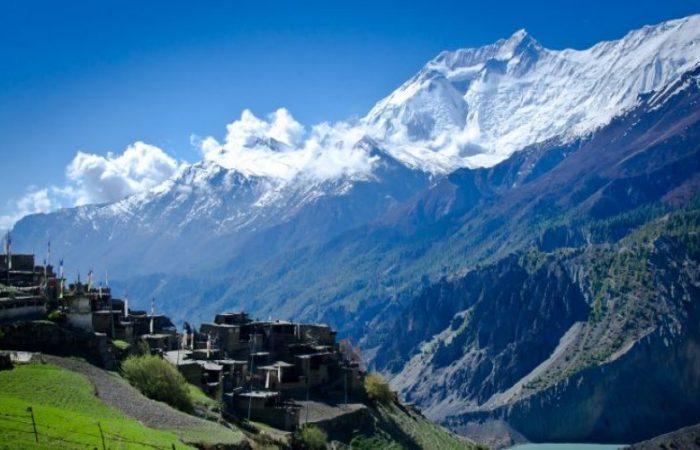 Annapurna Circuit Treks
